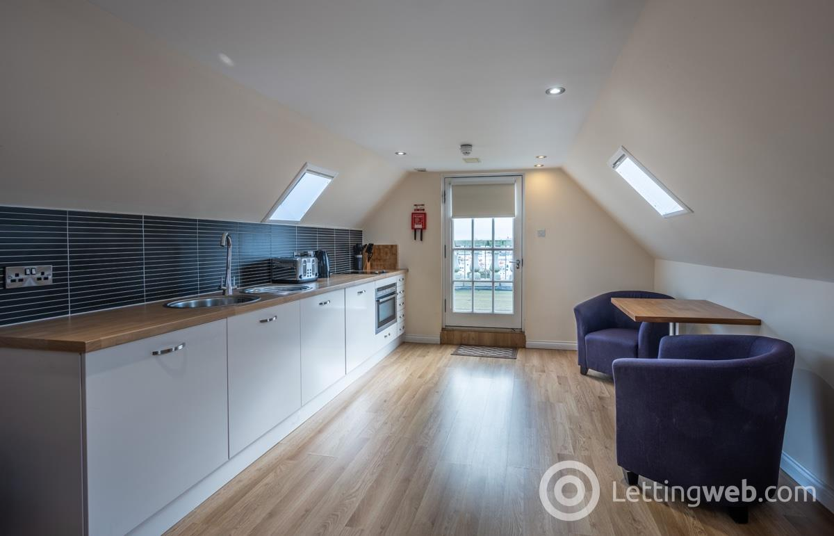 Property to rent in Victoria Court, 54 Castle Street, Abedeen