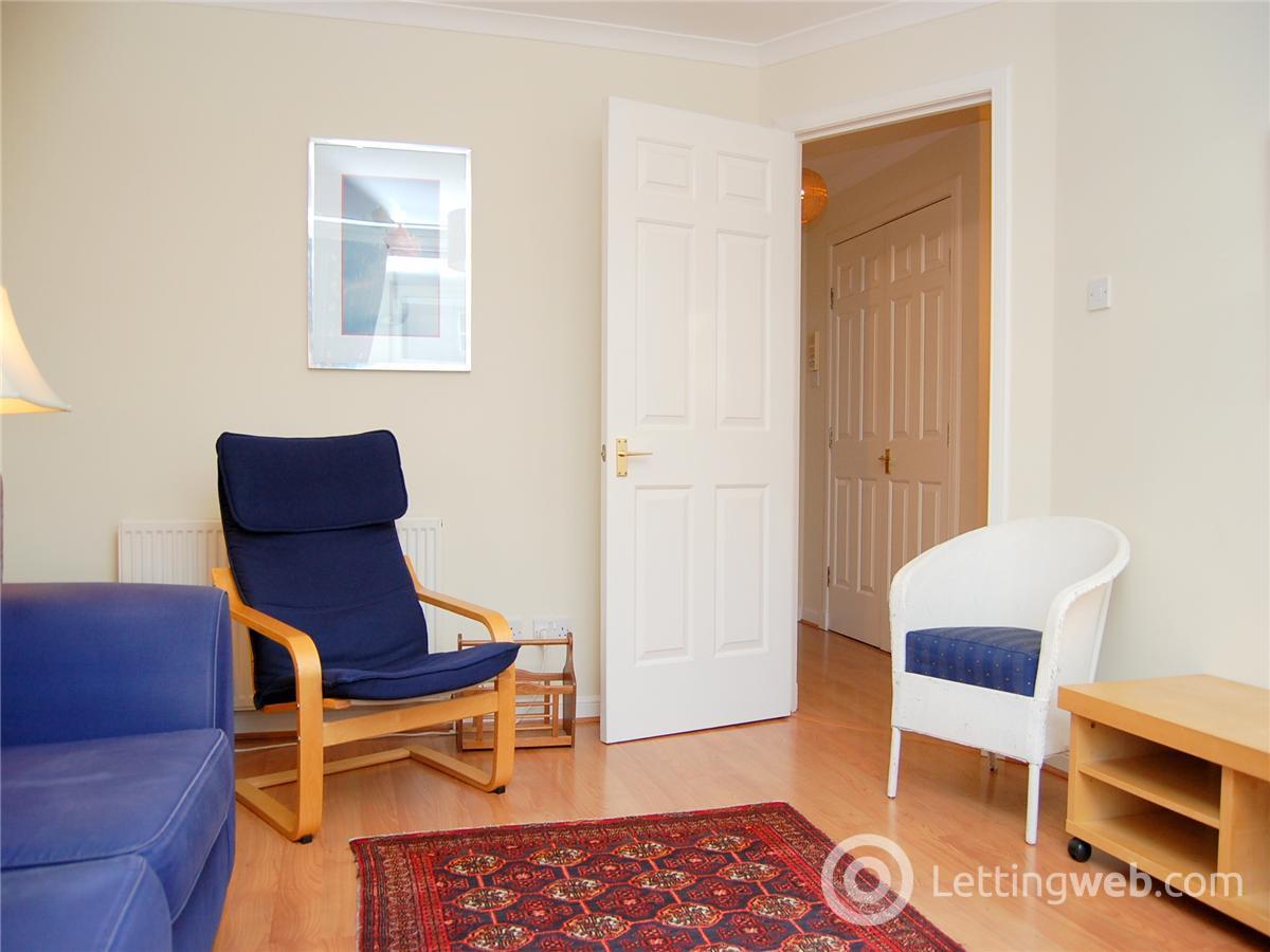 Property to rent in 6/12 Millar Place, Edinburgh