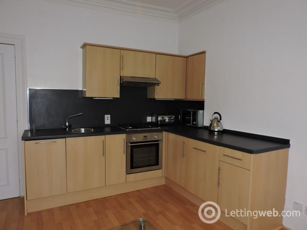 Property to rent in Albert Street, West End, Aberdeen, AB25 1XS