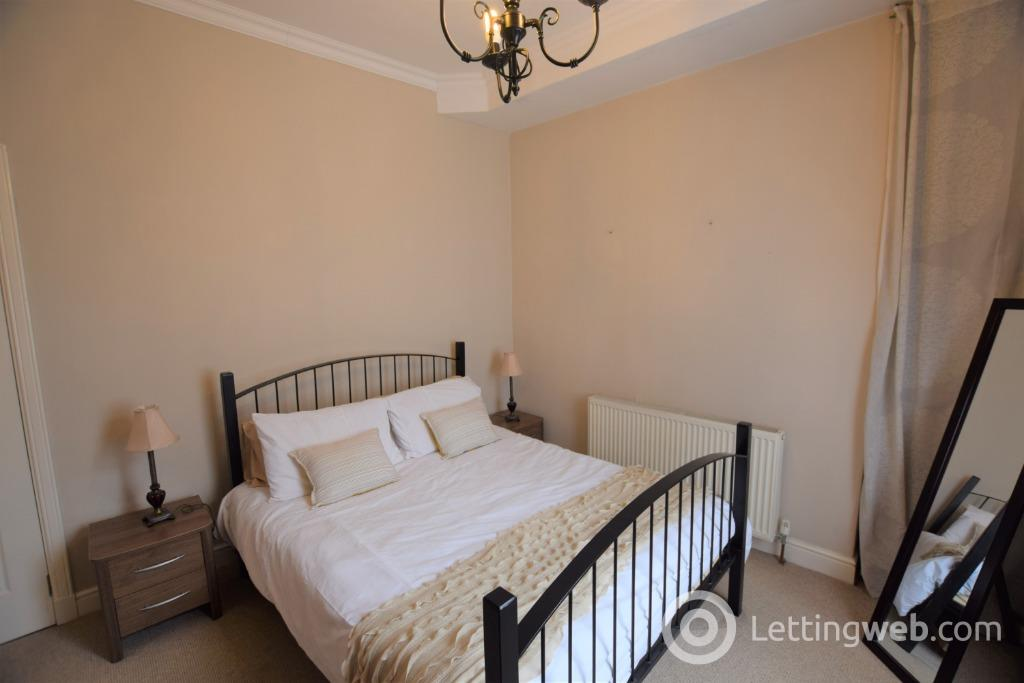 Property to rent in Skene Square, Rosemount, Aberdeen, AB25 2UP
