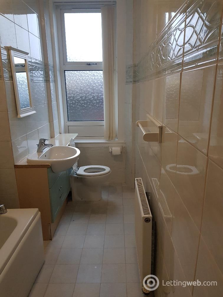 Property to rent in Arbroath Road