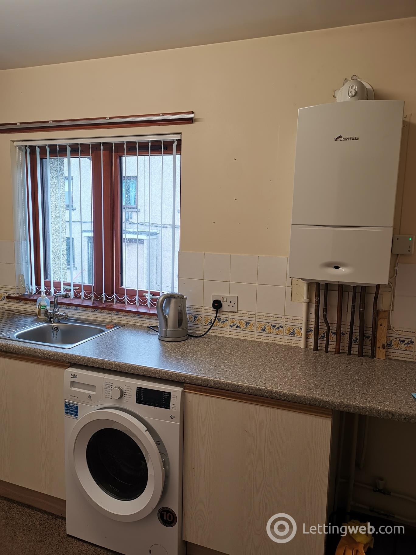 Property to rent in Mill Street