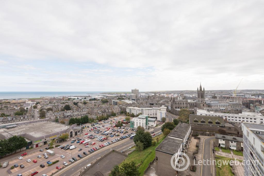 Property to rent in Seamount Court, City Centre, Aberdeen, AB25 1DS