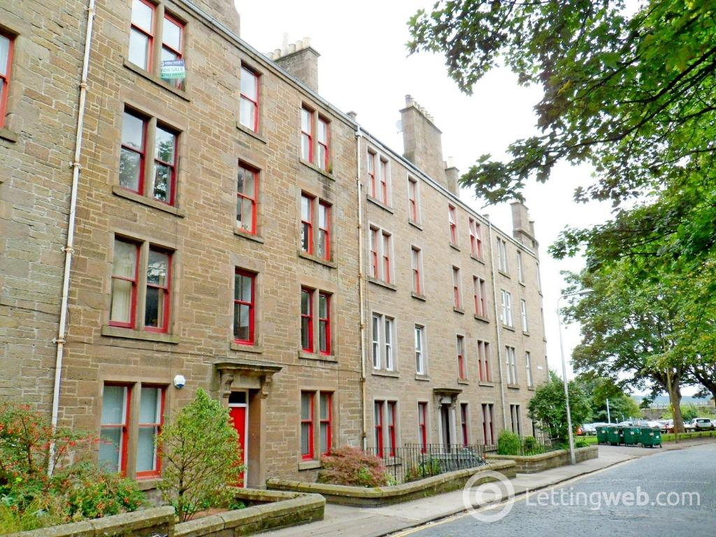 Property to rent in Roseangle, West End, Dundee, DD1 4NB