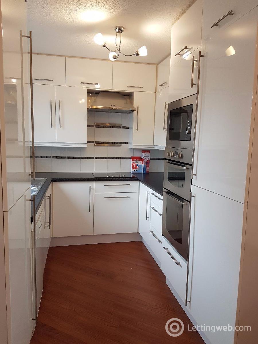 Property to rent in Hamilton Street, Barnhill