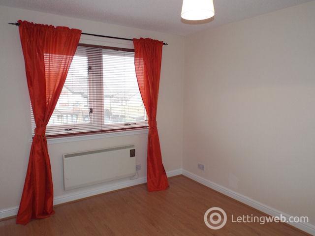 Property to rent in Scarrell Gardens, Castlemilk, Glasgow