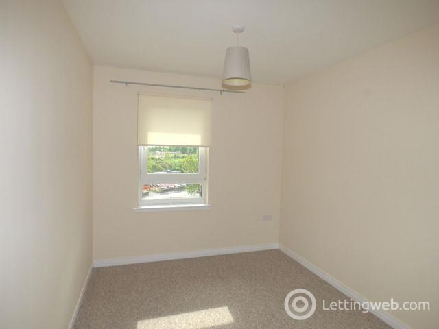 Property to rent in Silverbanks Court, Cambuslang