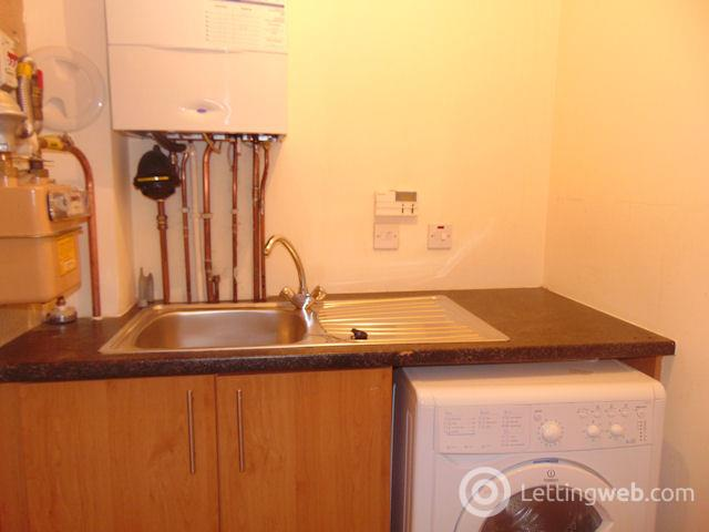 Property to rent in Strathclyde Gardens, Cambuslang