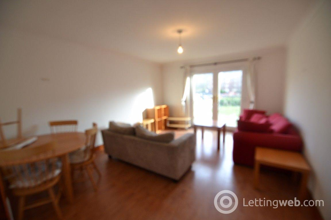 Property to rent in Ferry Road
