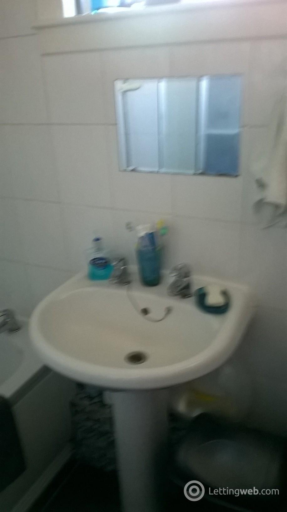 Property to rent in 17 Dundas Street, Grangemouth