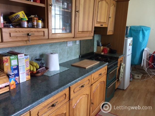 Property to rent in 39 Steps Street, Stenhousemuir