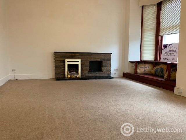 Property to rent in Trinity Street