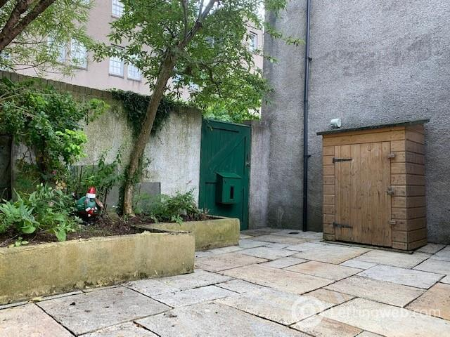 Property to rent in St Marys Place, Aberdeen