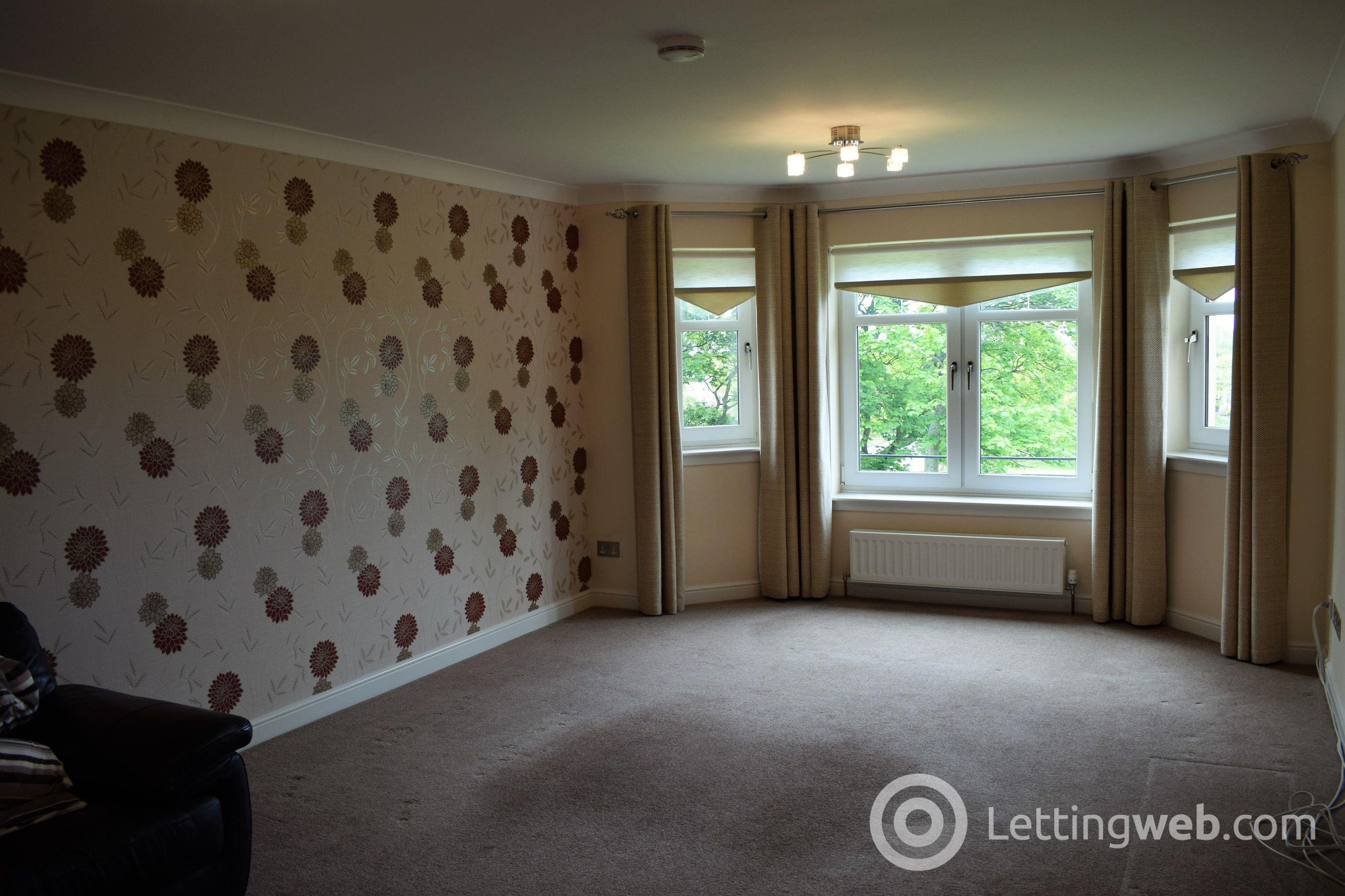 Property to rent in Castle Street, Irvine