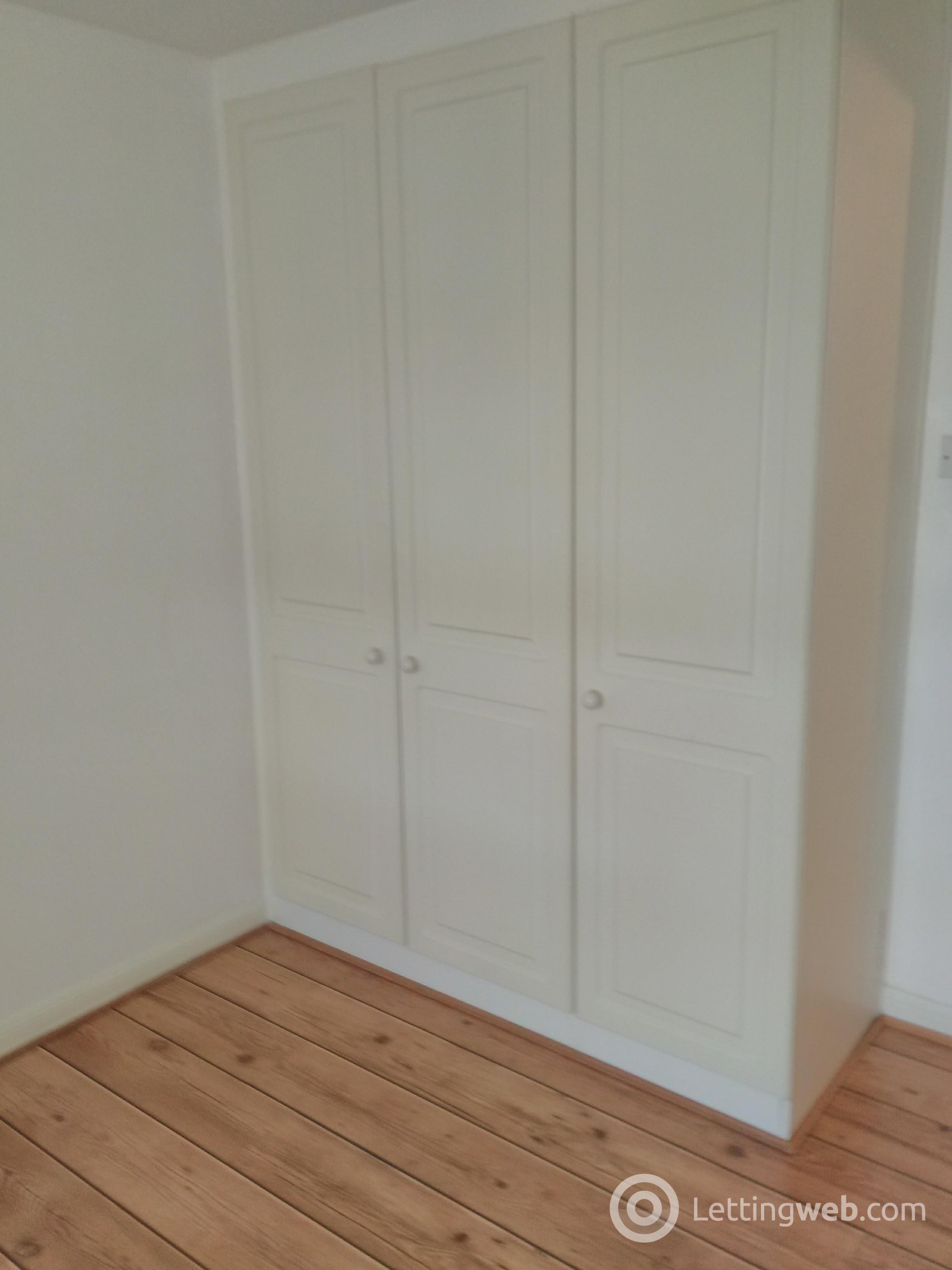 Property to rent in 13 Redcroft Street Danderhall