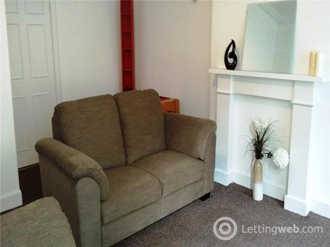 Property to rent in Dean Street