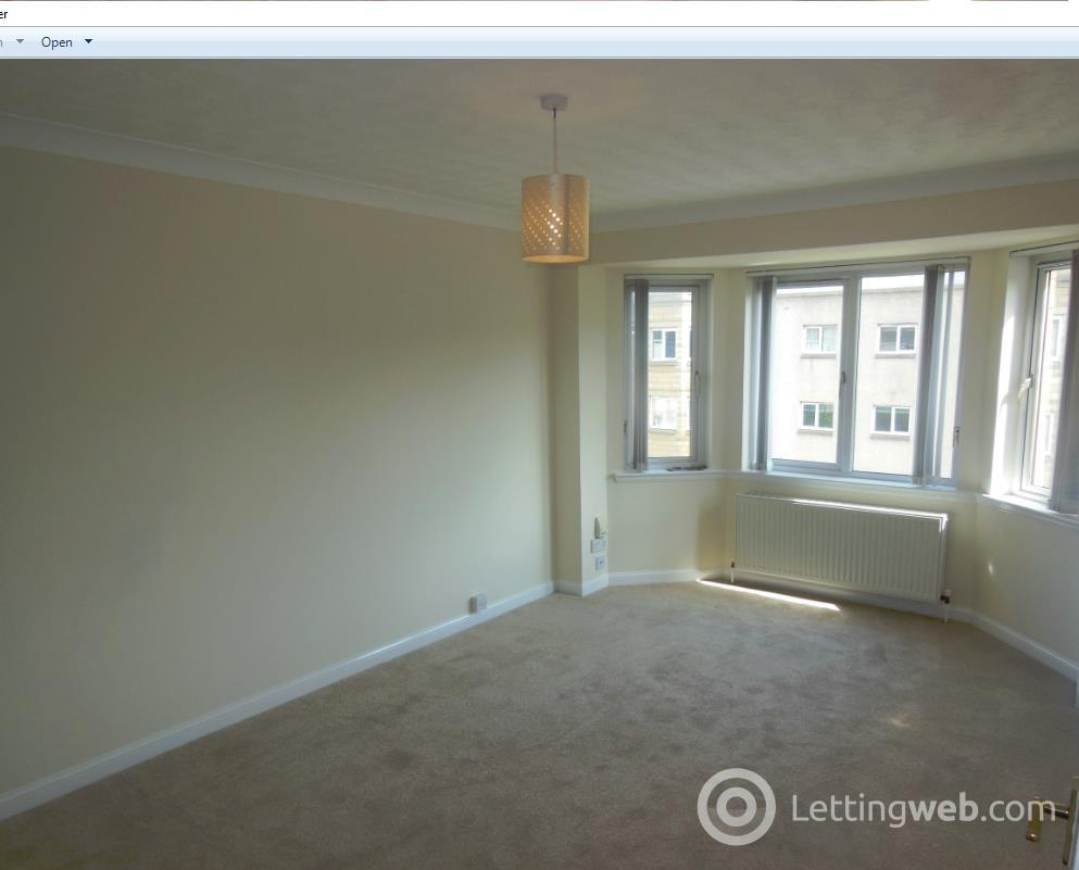 Property to rent in Duff Road