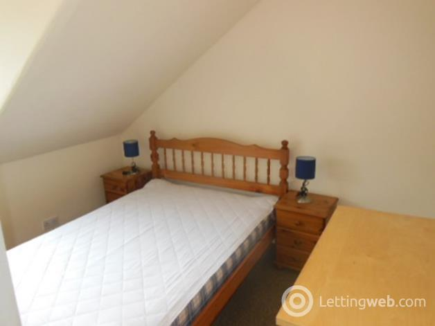 Property to rent in 62/5 Leith Walk, Edinburgh, EH6 5HB