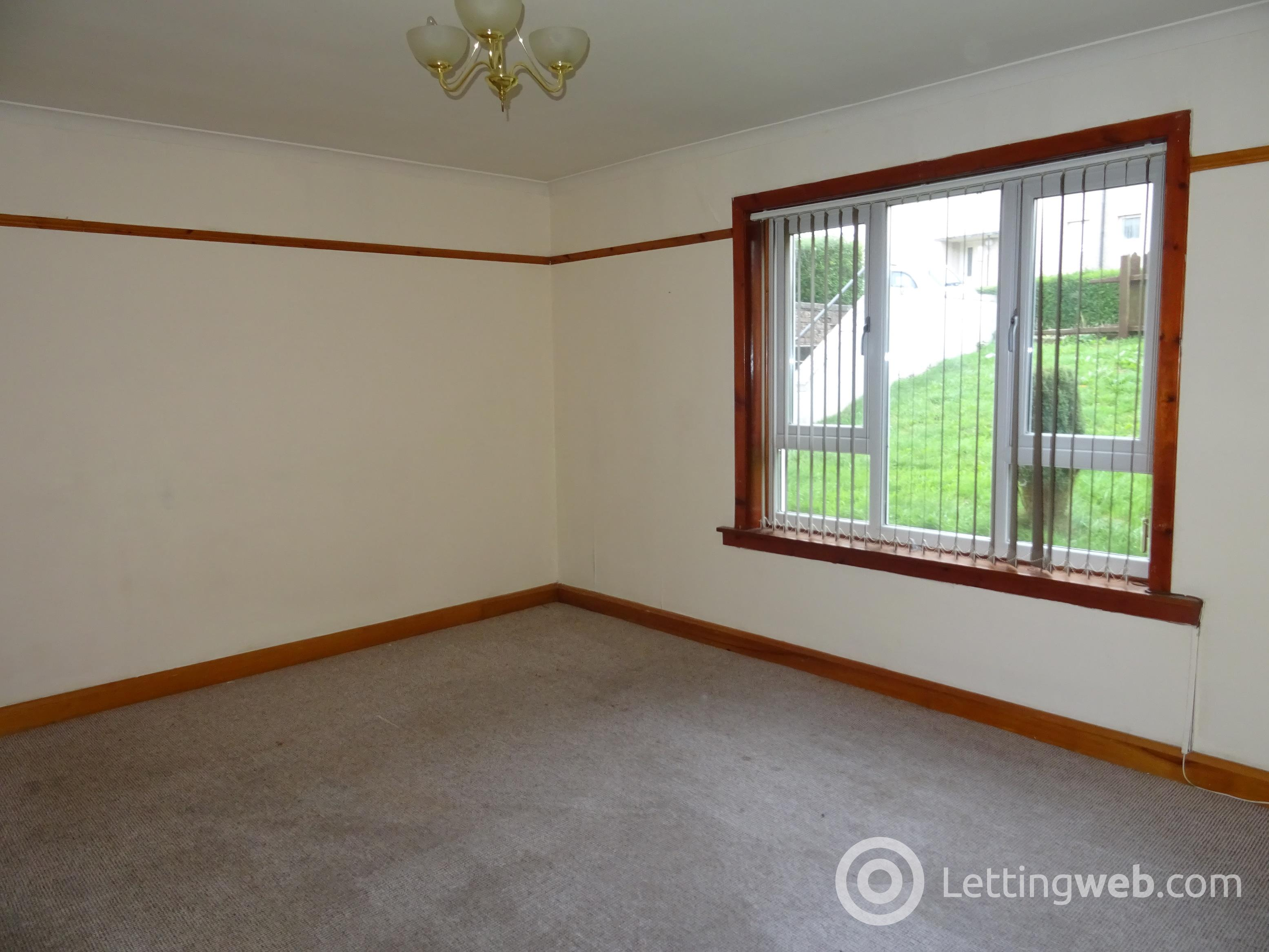 Property to rent in 61 Barkerland Avenue