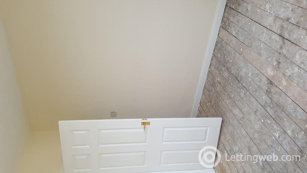 Property to rent in Ardberg Ave, Kilmarnock, East Ayrshire, KA3 2AR