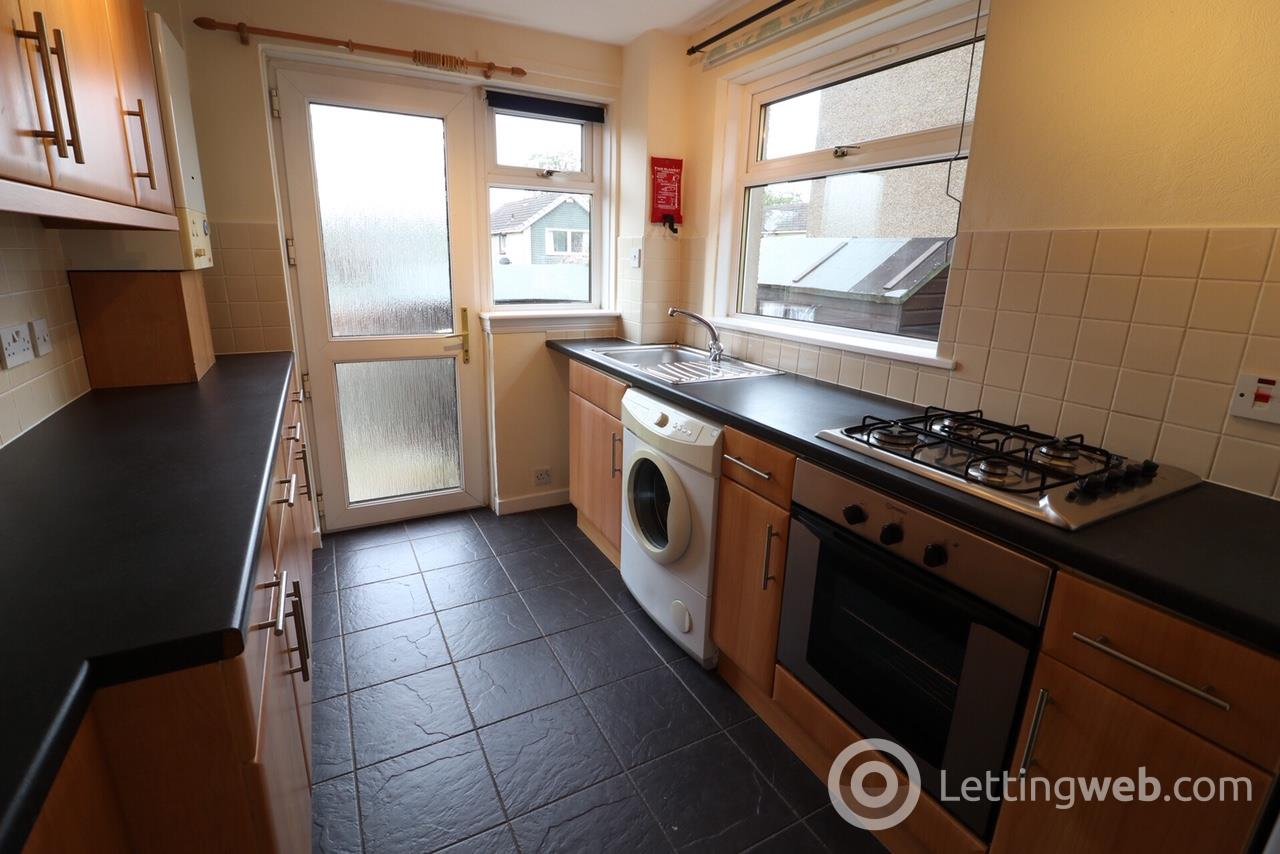 Property to rent in Rullion Road