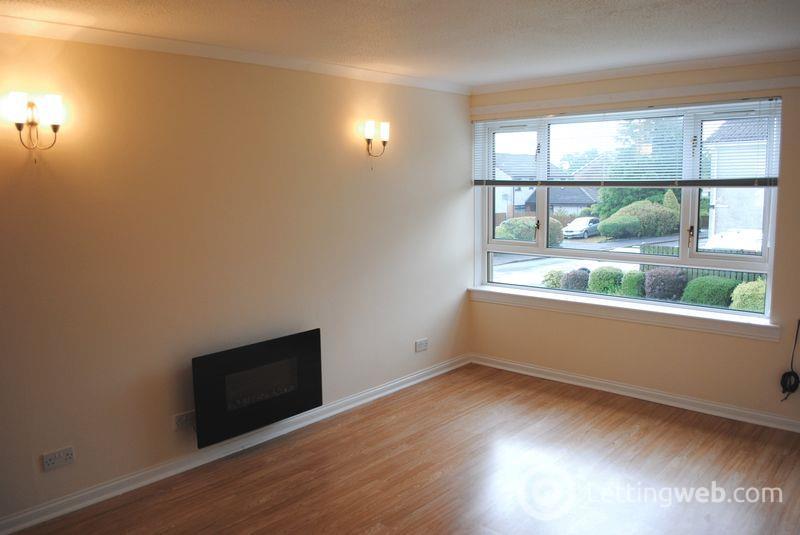 Property to rent in North Avenue, Carluke