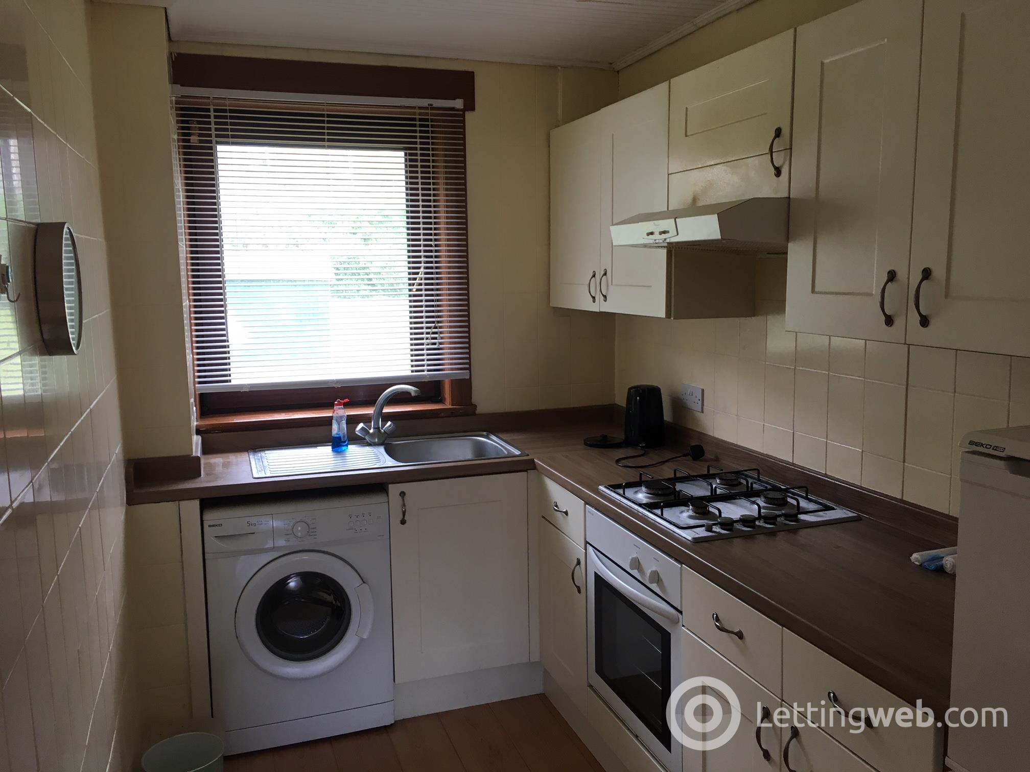 Property to rent in Bank Mill Road