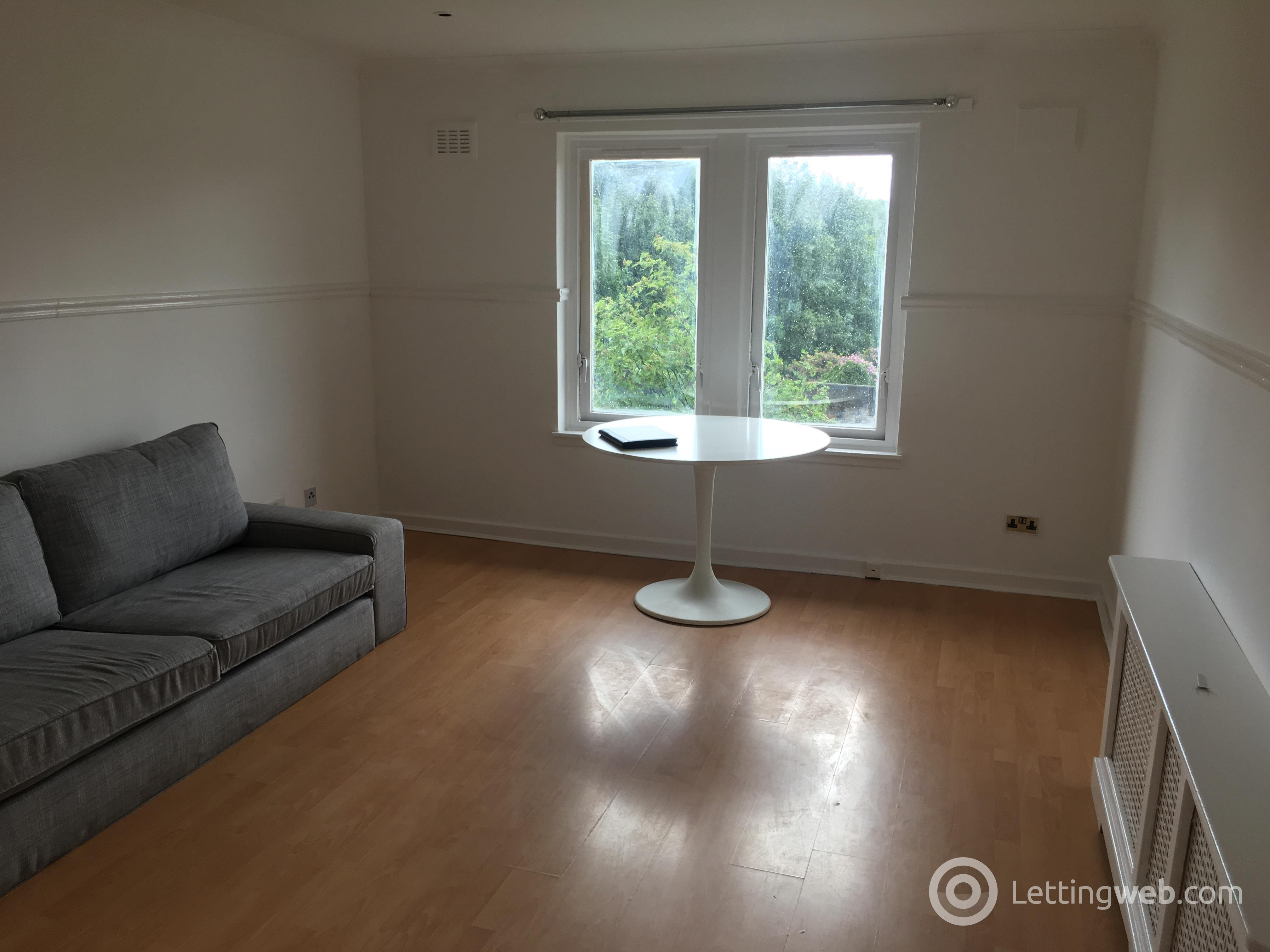 Property to rent in London Road, Glasgow