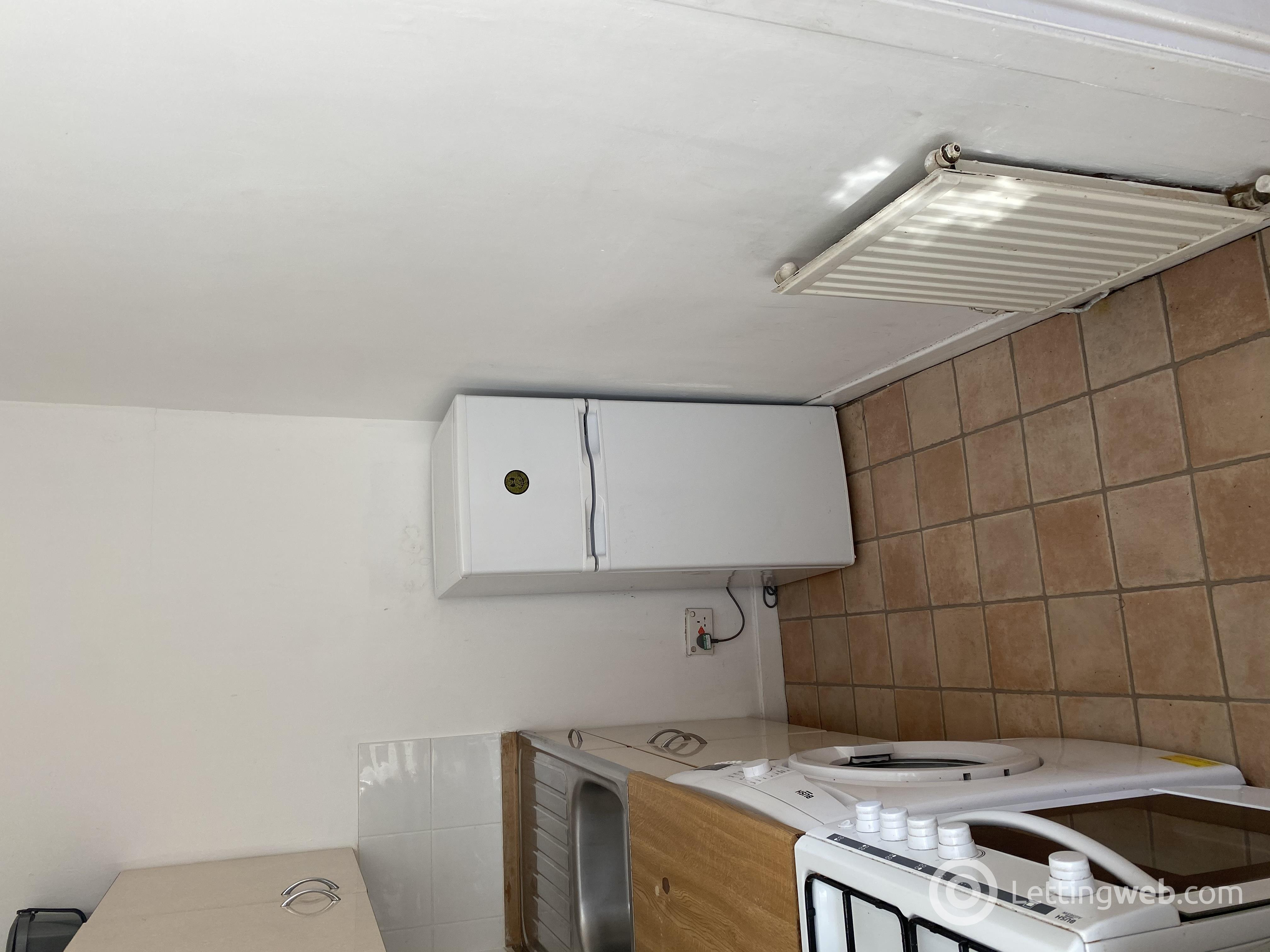Property to rent in Tollcross Road, Glasgow