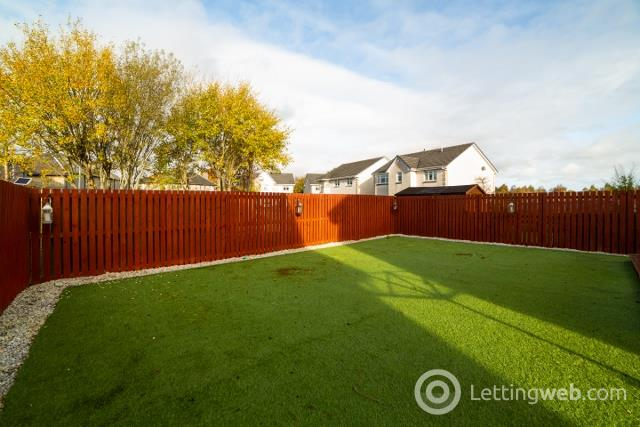 Property to rent in St Andrews Drive Law, Carluke