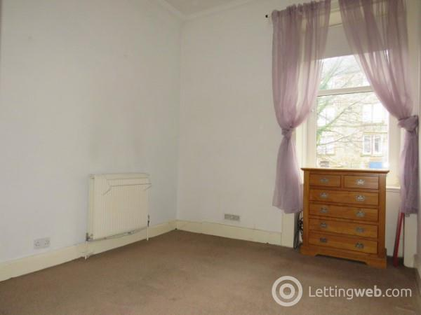 Property to rent in Alice Street