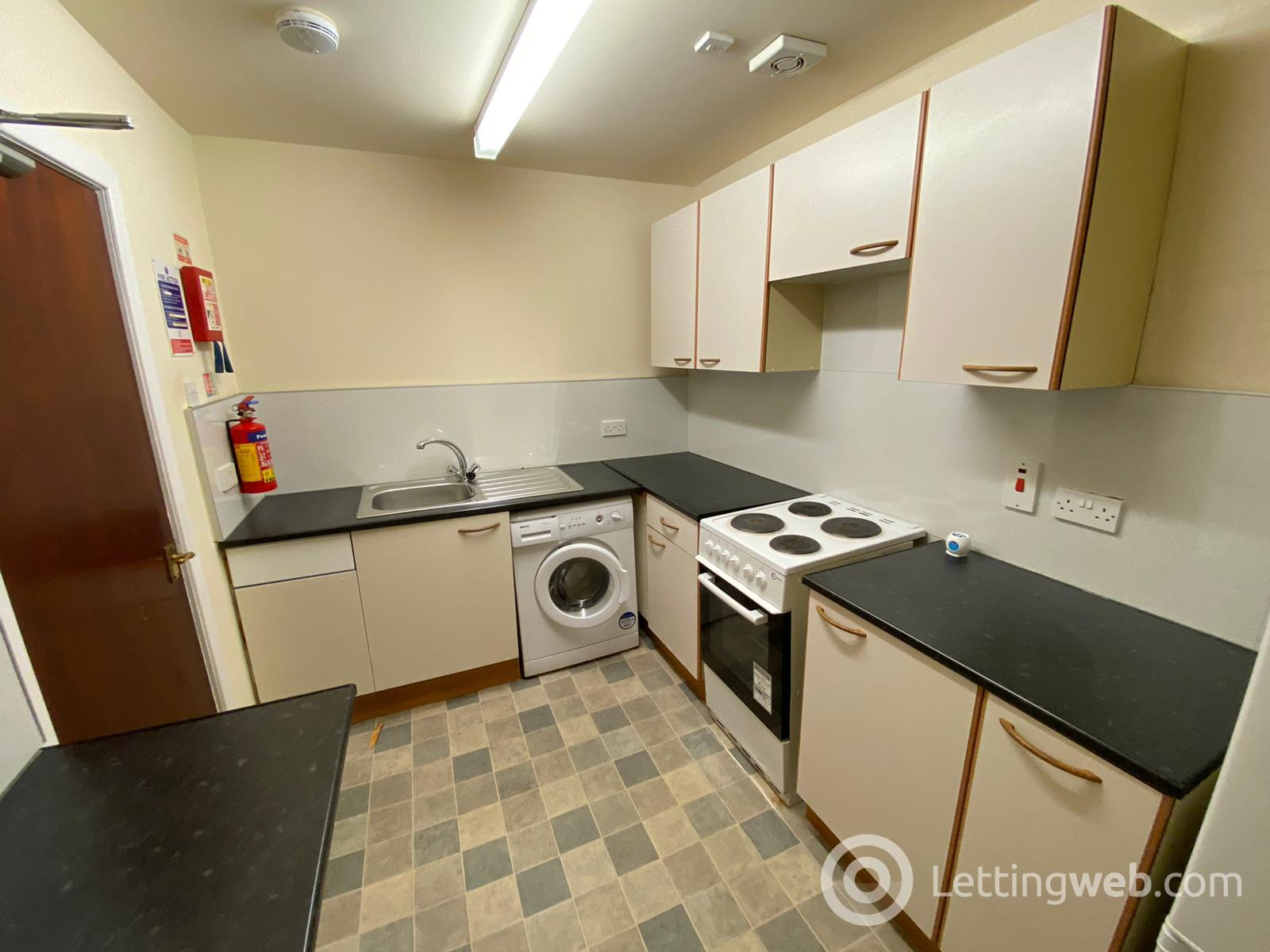 Property to rent in 6 Cleghorn Street, Dundee