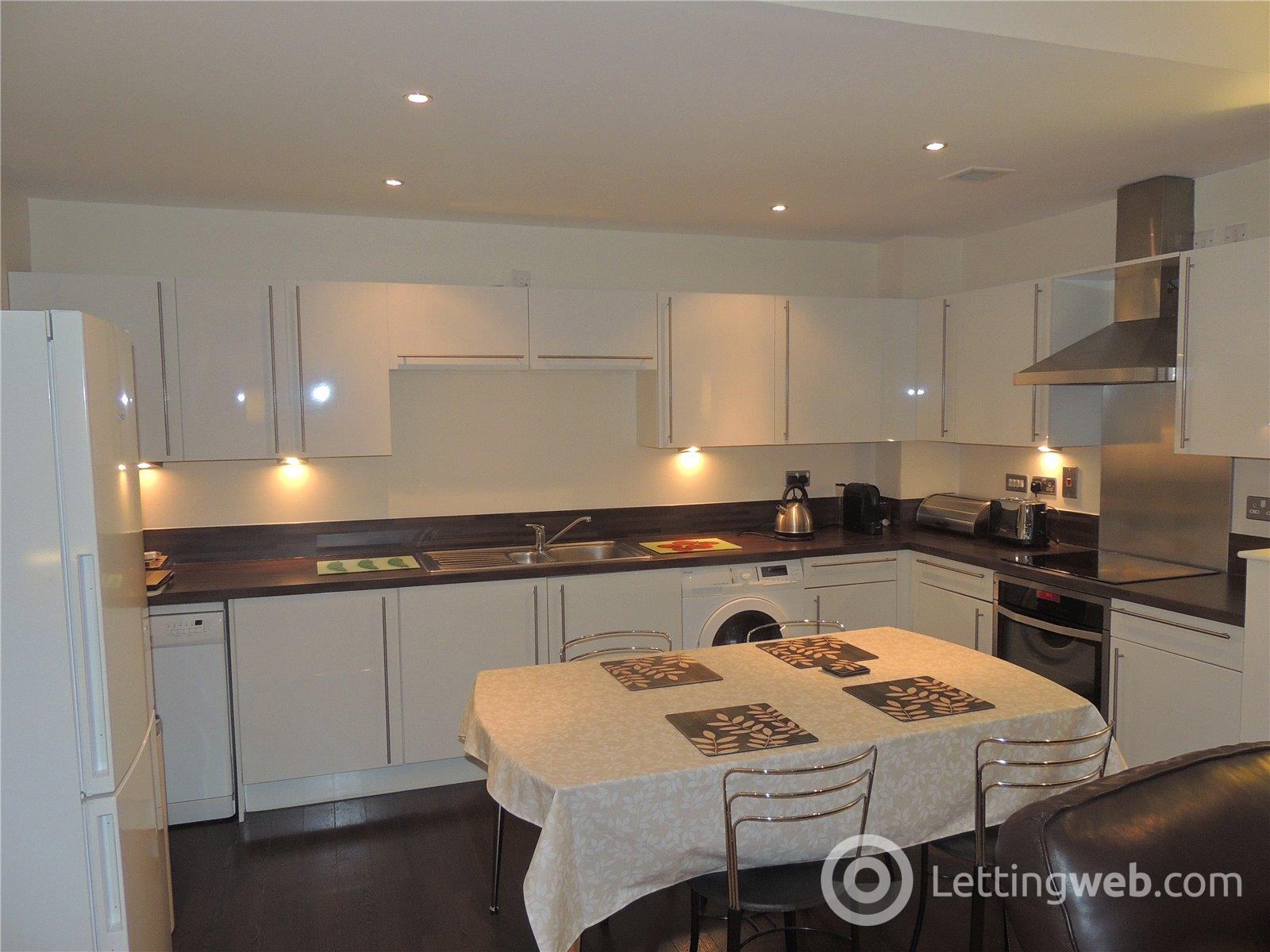 Property to rent in Flat 8/1, 23 Oswald Street, Glasgow, G1