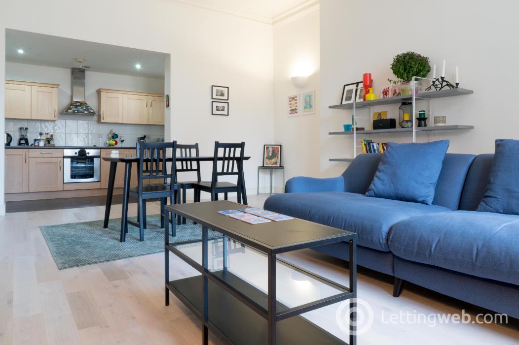 Property to rent in 48 West Regent Street
