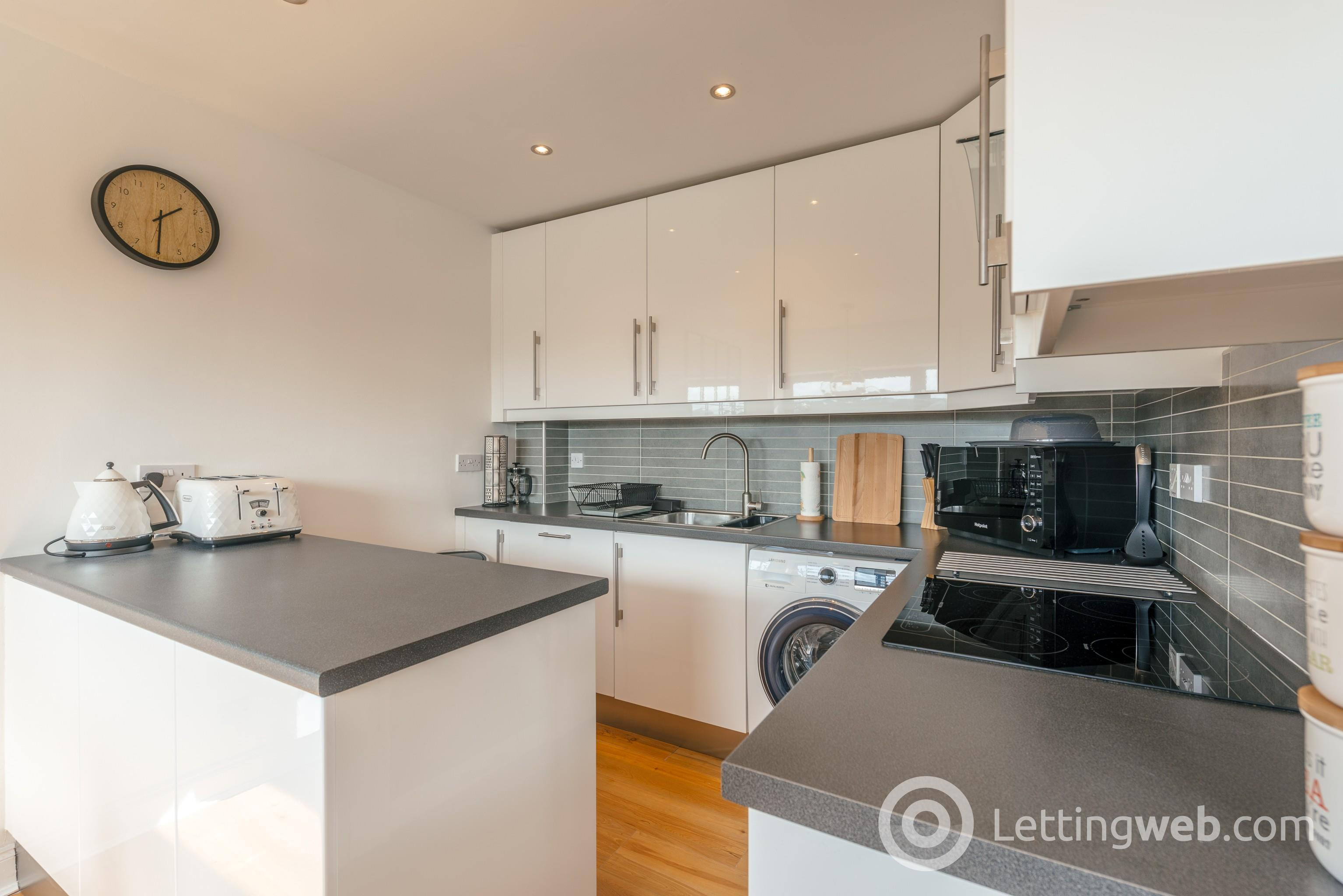 Property to rent in 110 Clyde Street