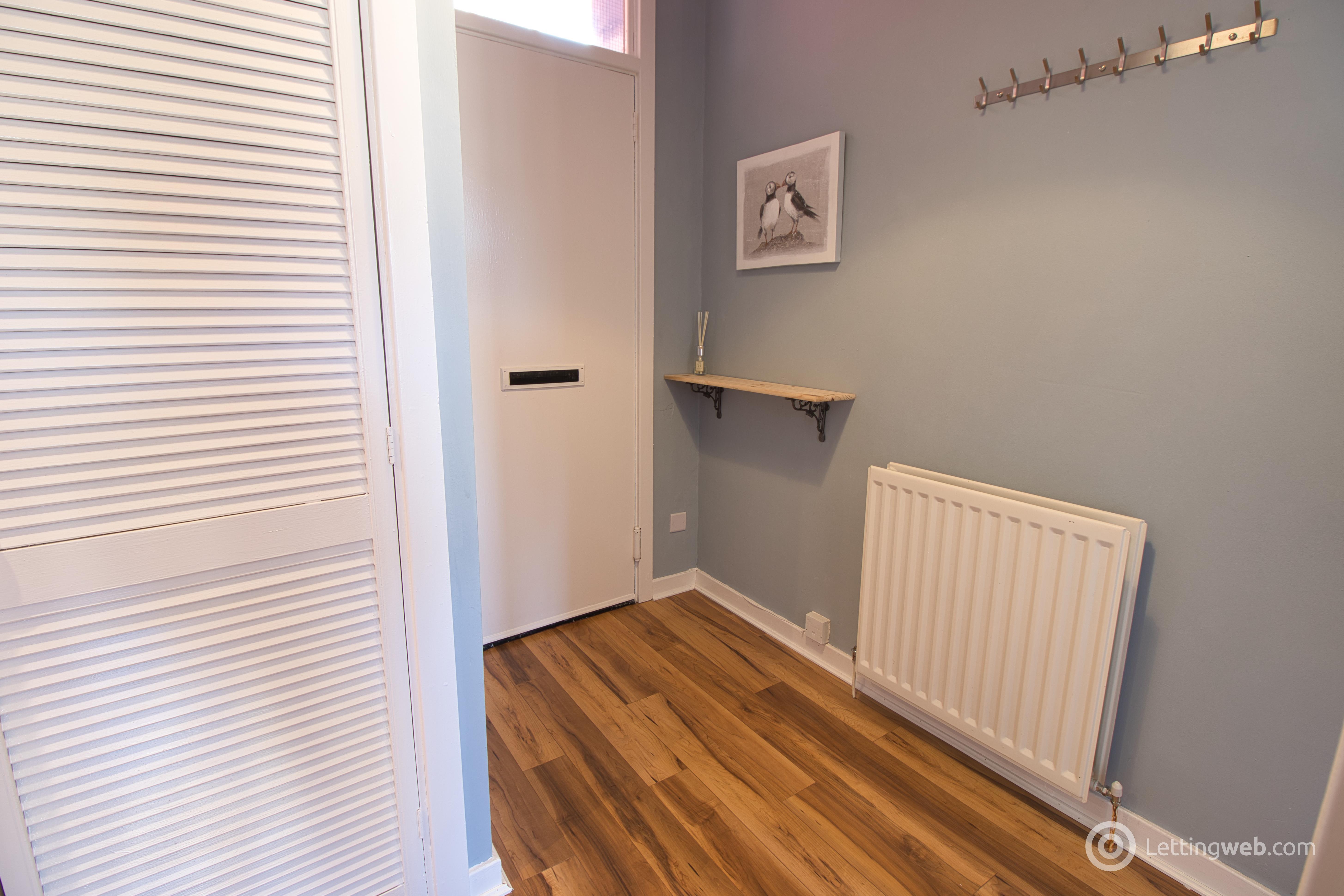 Property to rent in 3/2, 5 Hastie Street