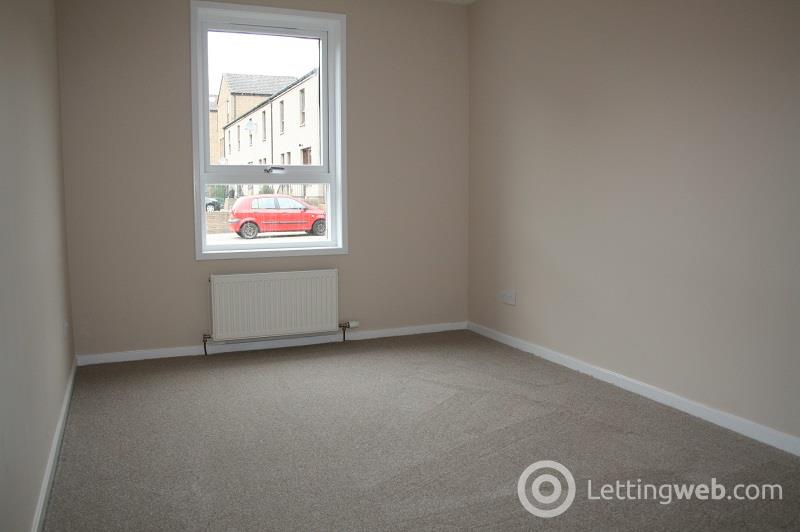 Property to rent in Callender Gardens, Dundee