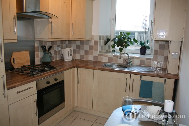 Property to rent in Clepington Road