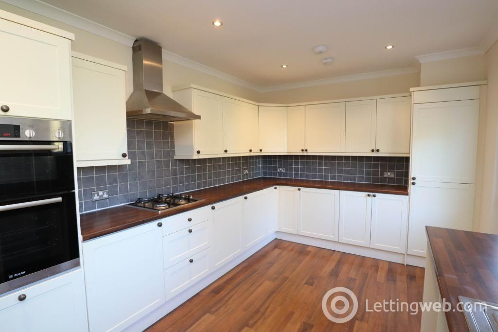 Property to rent in Castle Road, Newton Mearns, East Renfrewshire, G77 6DQ