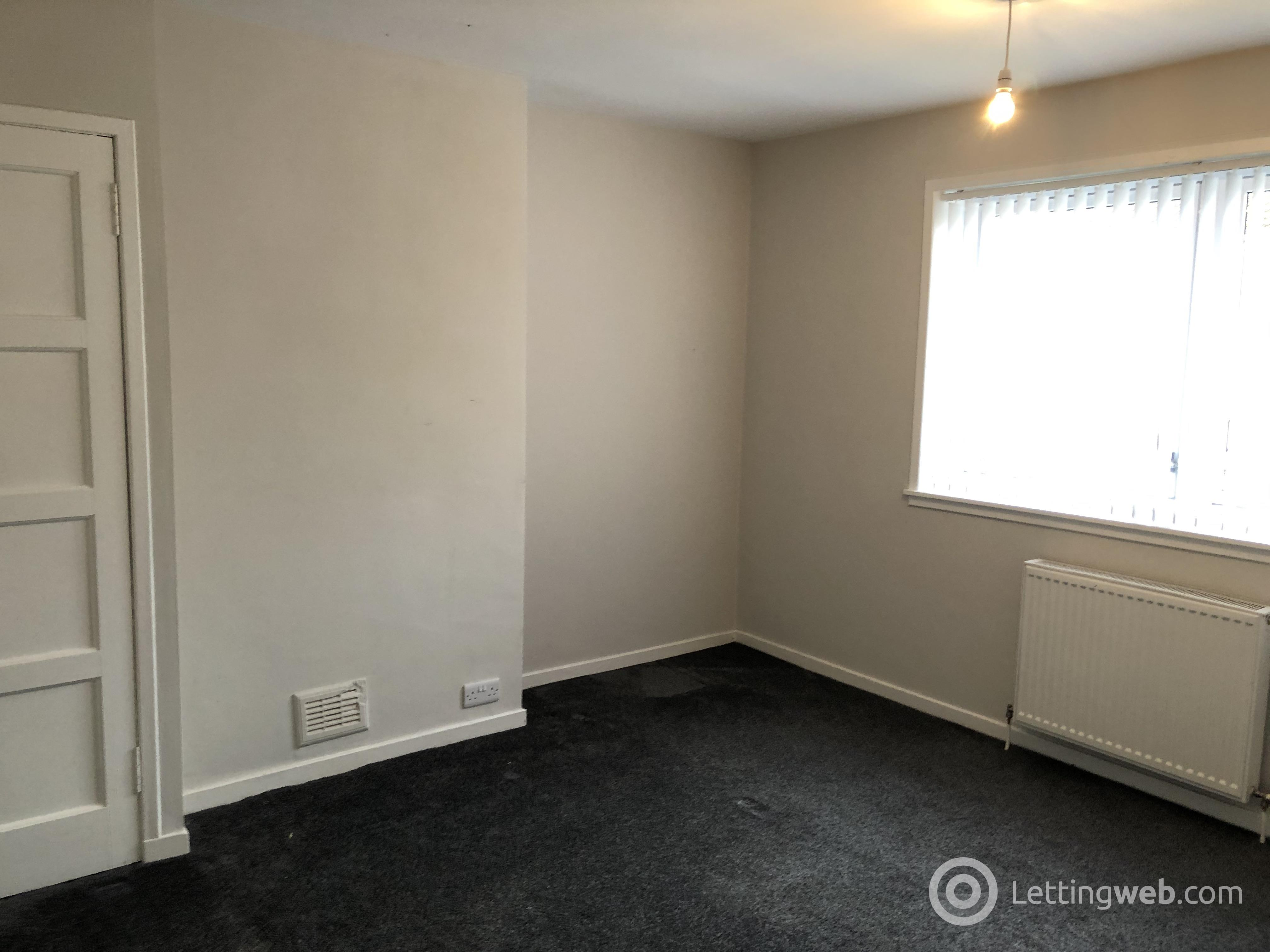 Property to rent in Mayfield Avenue