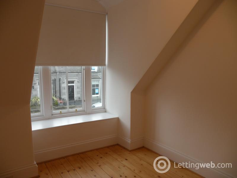 Property to rent in Osborne Place, Aberdeen, AB25