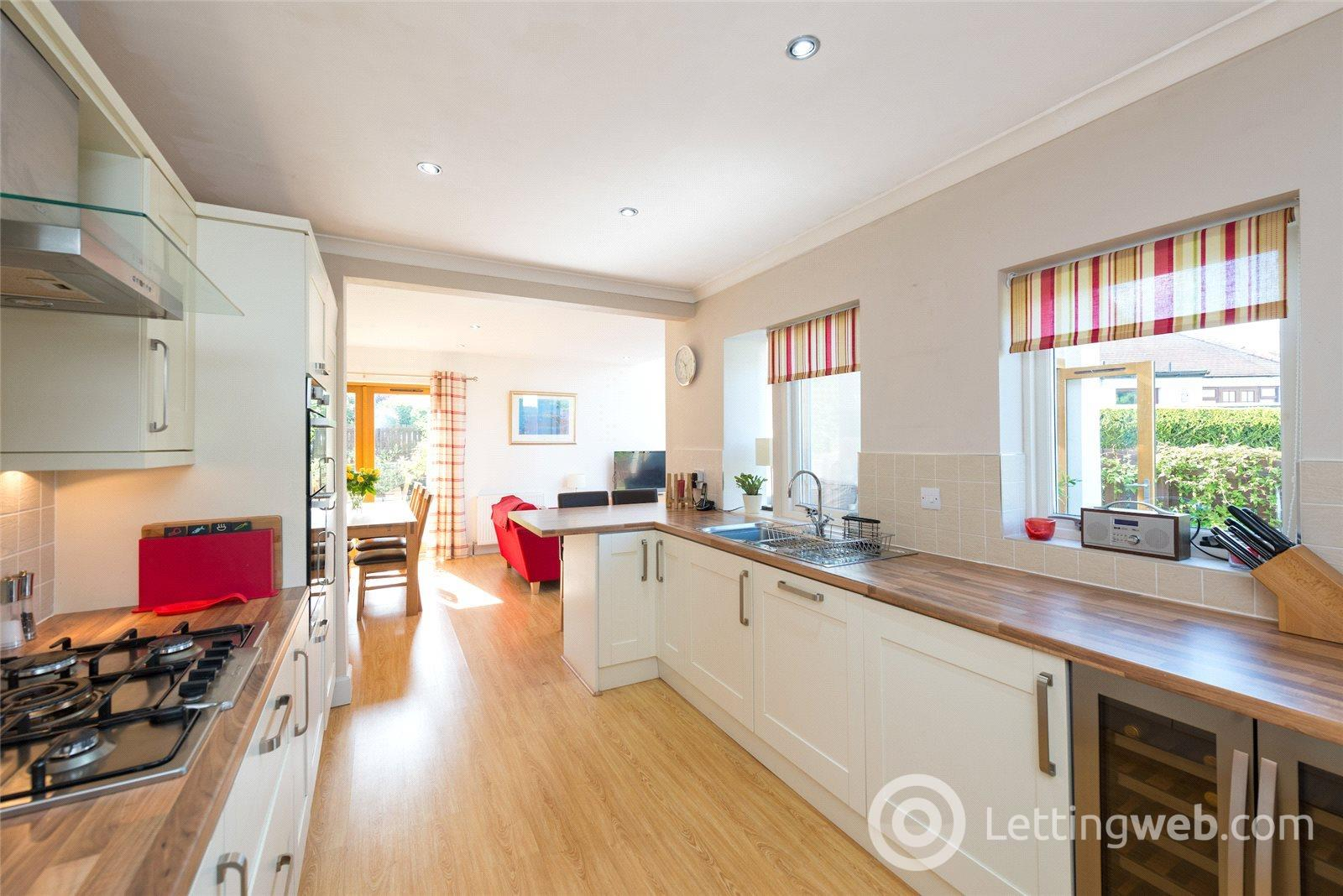 Property to rent in 41 Essex Road