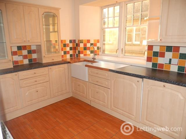 Property to rent in flat 3, St Kentigerns Court, Hope St Lanark