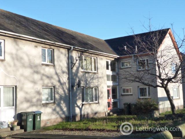 Property to rent in Main Street, Invergowrie, Dundee, DD2 5BD