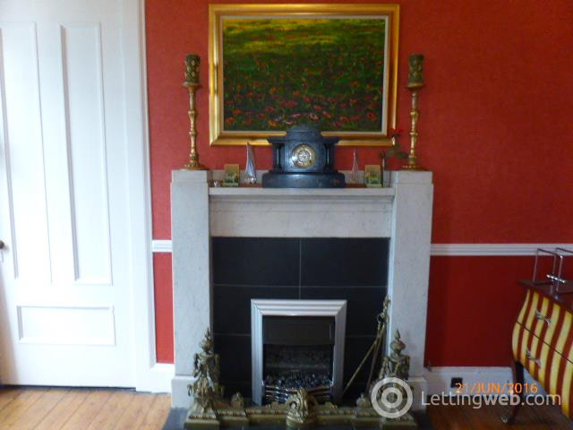 Property to rent in Great Western Terrace no 10 flat 2/1