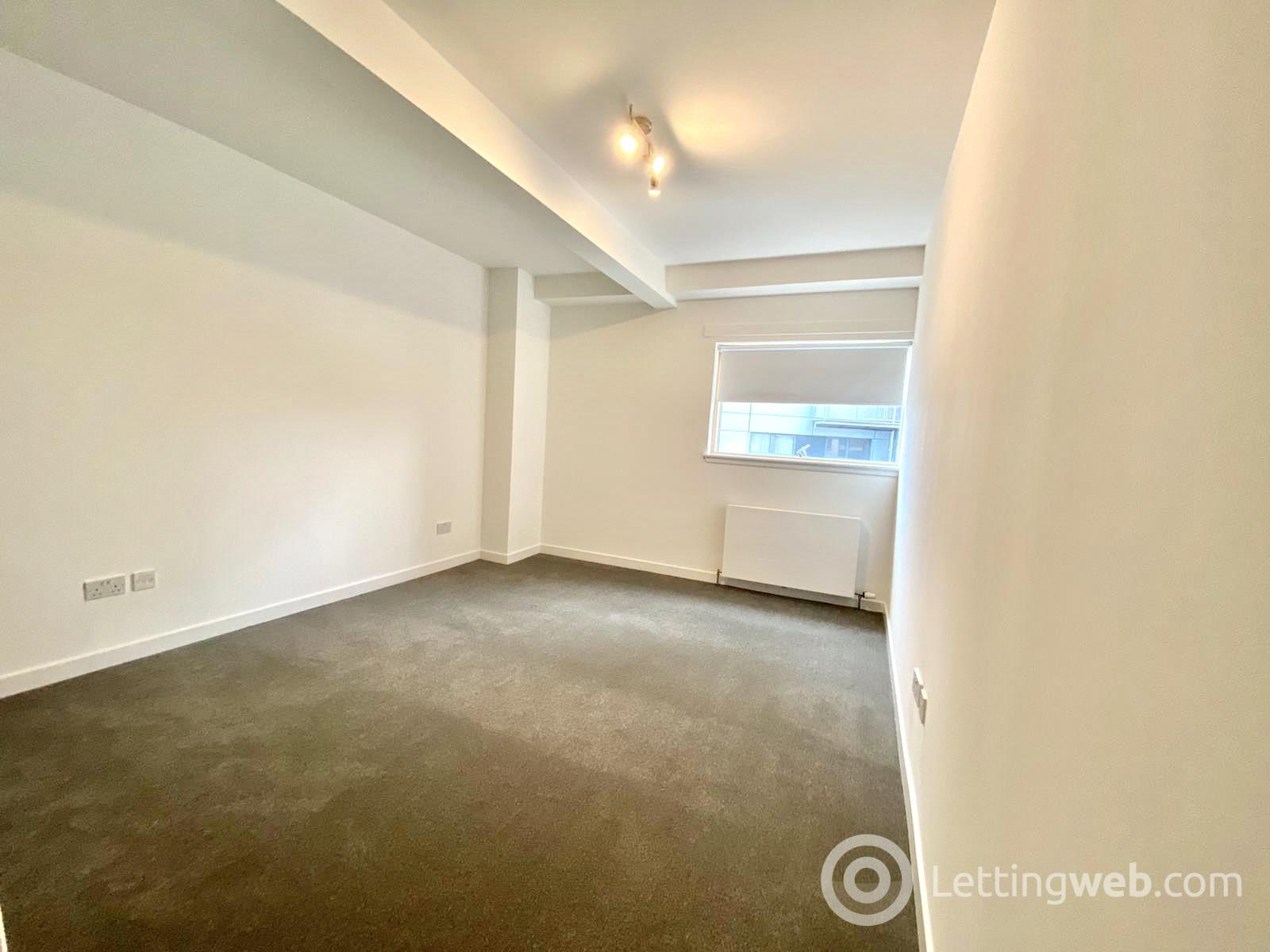 Property to rent in Flat 2/4 at 302 Meadowside Quay Walk