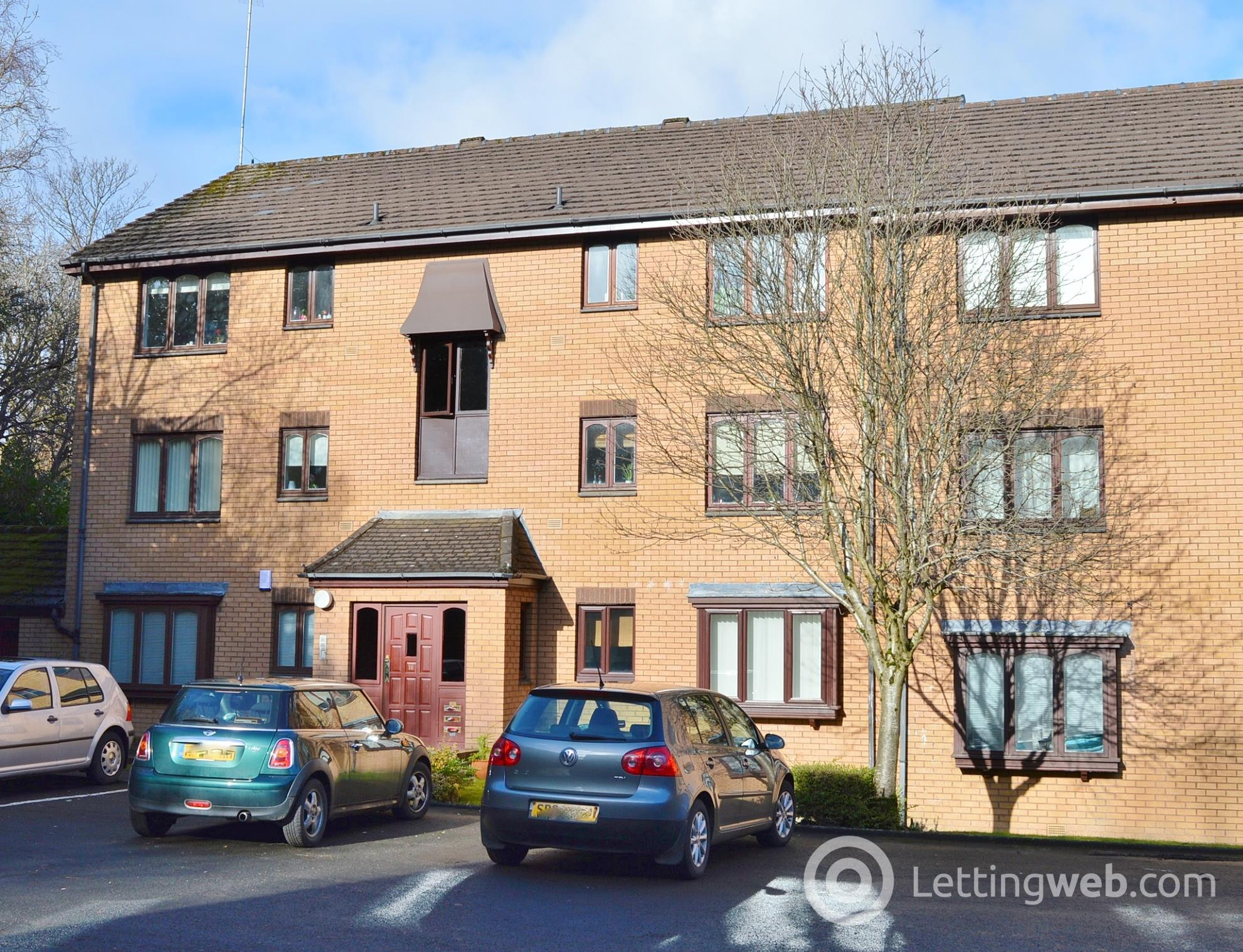 Property to rent in Burnfield Gardens Giffnock Glasgow