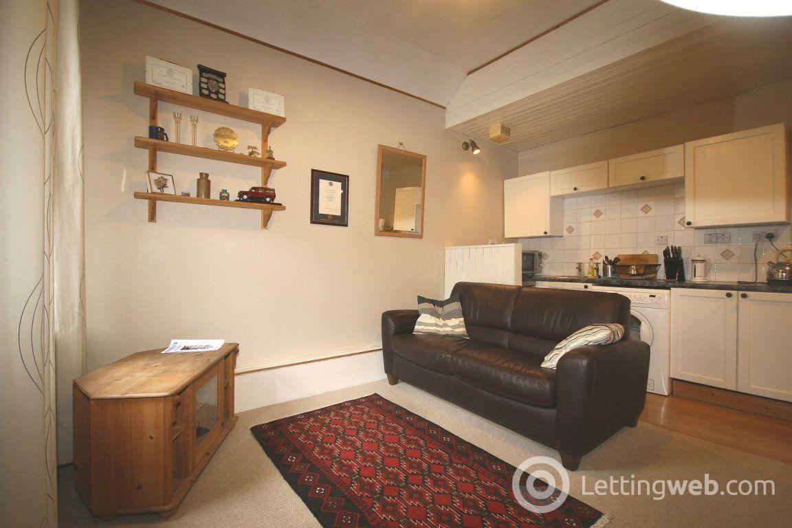 Property to rent in Buccleuch Street, Edinburgh
