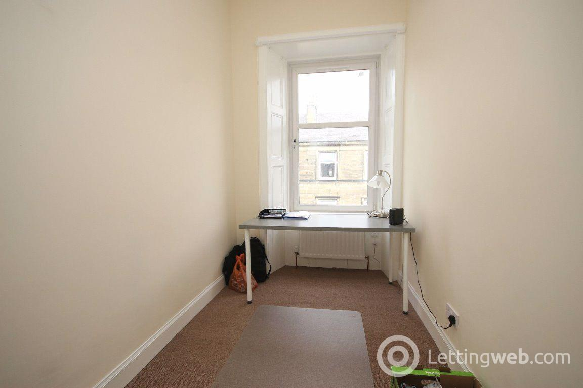 Property to rent in Steels Place