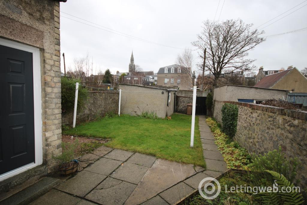 Property to rent in Stanley Street, West End, Aberdeen, AB10 6UQ